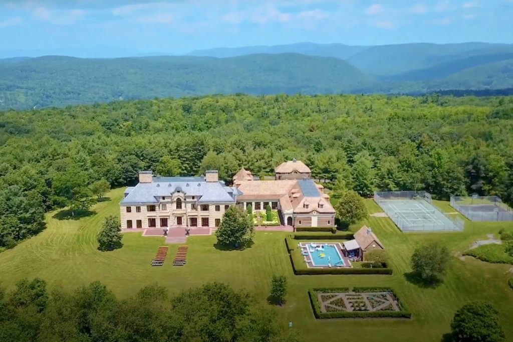 Celebrity Home in Connecticut